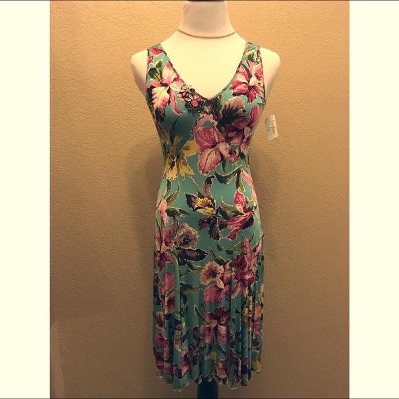 dcb602f080 Blumarine Floral Stretch Dress W Crystal Brooch